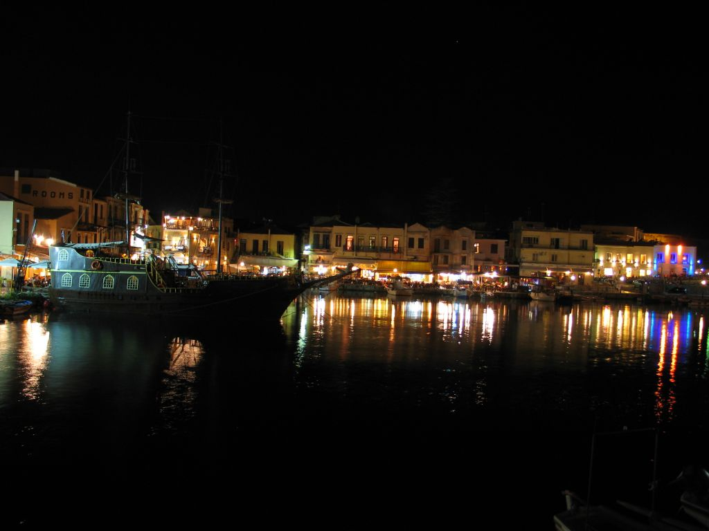 20060903_201116 - retymnon - port by night.jpg, galeria kreta